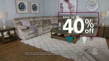 Ashley HomeStore Happy Holidays Sale TV Spot, 'Up to 40% Off and Queen Sleigh Bed' - Thumbnail 3