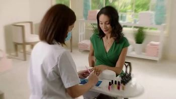 Finishing Touch Flawless Salon Nails TV Spot, 'Spa Quality Nail Treatment: $19.99' - Thumbnail 1