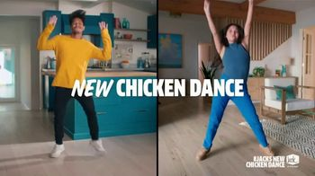 Jack in the Box Crafty Cluck Sandwich Combo TV Spot, 'New Chicken Dance' Featuring Becky G - Thumbnail 7