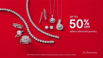 JCPenney Super Saturday Sale TV Spot, 'Jewelry, Kitchen Electrics and 30% Off' - Thumbnail 4