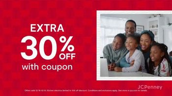 JCPenney Super Saturday Sale TV Spot, 'Jewelry, Kitchen Electrics and 30% Off' - Thumbnail 6