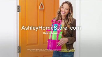 Ashley HomeStore Black Friday Sale TV Spot, 'Extended: Up to 50% Off and Doorbusters' - Thumbnail 9