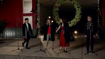 Disney+ TV Spot, 'High School Musical: The Musical: The Holiday Special' - Thumbnail 4