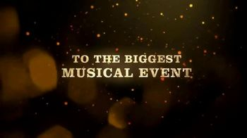 Disney+ TV Spot, 'High School Musical: The Musical: The Holiday Special' - Thumbnail 5