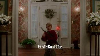 Disney+, Hulu and ESPN Bundle TV Spot, 'Holidays: Bundle Up' - Thumbnail 5