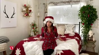 Overstock.com Holiday Home Sale TV Spot, 'Partner in Cheer' - Thumbnail 4