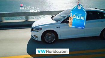 Volkswagen Presidents Day Deals TV Spot, 'Value Days: Even More Value' [T2] - Thumbnail 7