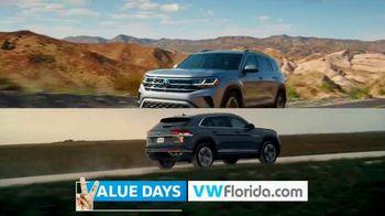 Volkswagen Presidents Day Deals TV Spot, 'Value Days: Even More Value' [T2] - Thumbnail 4