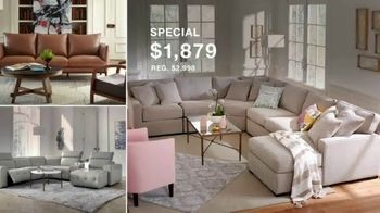 Macy's Presidents Day Furniture and Mattress Specials TV Spot, 'Sectional, Queen Bed and Free Base' - Thumbnail 5