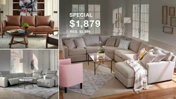 Macy's Presidents Day Furniture and Mattress Specials TV Spot, 'Sectional, Queen Bed and Free Base' - Thumbnail 6