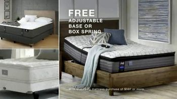 Macy's Presidents Day Furniture and Mattress Specials TV Spot, 'Sectional, Queen Bed and Free Base' - Thumbnail 9