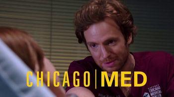 Peacock TV TV Spot, 'All the Chicagos' - Thumbnail 5