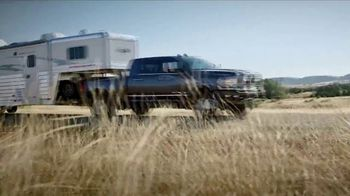 Ram Trucks El Mes de la Camioneta TV Spot, 'Tres veces' canción de Foo Fighters [Spanish] [T2] - Thumbnail 2