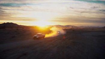 Ram Trucks El Mes de la Camioneta TV Spot, 'Tres veces' canción de Foo Fighters [Spanish] [T2] - Thumbnail 6