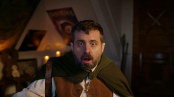 AT&T Internet TV Spot, 'Super Fan: $84.99' Featuring Elijah Wood - Thumbnail 6