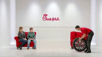 Chick-fil-A TV Spot, 'The Little Things: Spare Care' - Thumbnail 10