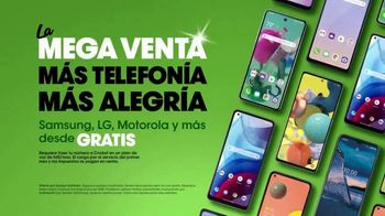 Cricket Wireless La Mega Venta TV Spot, 'Esteban' [Spanish] - Thumbnail 9