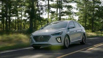 Hyundai TV Spot, 'Presidents Day: Meet the Family' [T2]