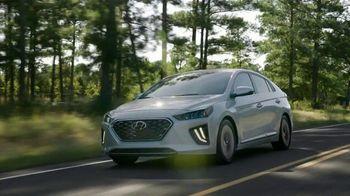 Hyundai TV Spot, 'Presidents Day: Meet the Family' [T2] - Thumbnail 1