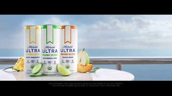 Michelob ULTRA Organic Seltzer TV Spot, 'All-Star Cast' Featuring Don Cheadle, Song by Alan Parker - Thumbnail 10