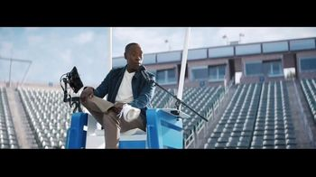 Michelob ULTRA Organic Seltzer TV Spot, 'All-Star Cast' Featuring Don Cheadle, Song by Alan Parker - Thumbnail 9