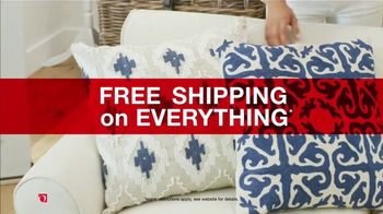 Overstock.com Presidents Day Blowout TV Spot, '70% Off Select Items Plus An Extra 25% Off Area Rugs' - Thumbnail 7