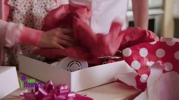 1-800-FLOWERS.COM TV Spot, 'Valentine's Rules' - Thumbnail 2