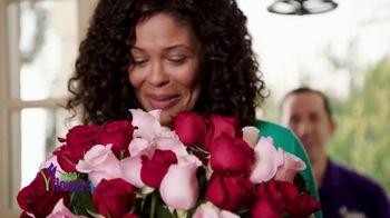 1-800-FLOWERS.COM TV Spot, 'Valentine's Rules' - Thumbnail 9