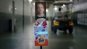 Tide Hygienic Clean TV Spot, 'On a Roll' Featuring Peyton Manning - Thumbnail 2