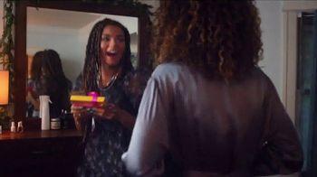 Ulta TV Spot, 'Holidays: Regalar felicidad' [Spanish] - Thumbnail 5