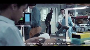 Standard Chartered TV Spot, 'Supply Chain' - Thumbnail 8