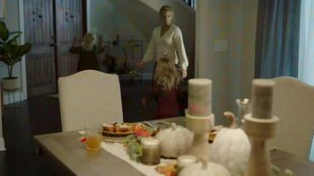 Ashley HomeStore TV Spot, 'Magic of Home' - Thumbnail 5
