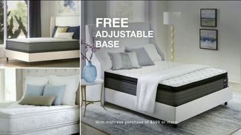 Macy's Veterans Day Sale TV Spot, 'Sofa, Bed and Adjustable Base' - Thumbnail 6
