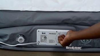 Brookstone Perfect Air Bed TV Spot, 'Contoured Comfort' - Thumbnail 3