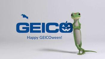 GEICO TV Spot, 'Jeopardy! Halloween: Ballerina' - Thumbnail 6