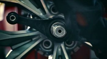 Big O Tires Big October Savings TV Spot, 'Savings and Oil Change' - Thumbnail 4