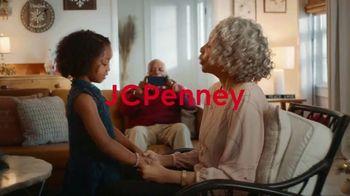 JCPenney TV Spot, 'Holidays: Joy To Everyone' - Thumbnail 1