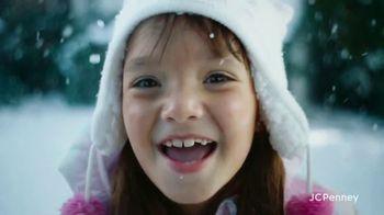 JCPenney TV Spot, 'Holidays: Joy To Everyone' - Thumbnail 10