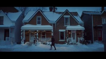 Hobby Lobby TV Spot, 'Christmas Is What You Make It: Neighbors' - Thumbnail 5