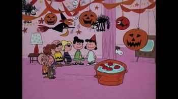 Apple TV+ TV Spot, 'It's the Great Pumpkin, Charlie Brown' Song by Vince Guaraldi - Thumbnail 5