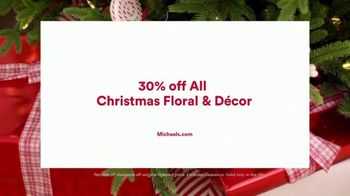 Michaels TV Spot, 'Holidays: 30% Off Floral & Decor' - Thumbnail 10