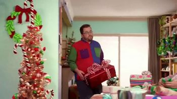 Michaels TV Spot, 'Holidays: 30% Off Floral & Decor' - Thumbnail 3