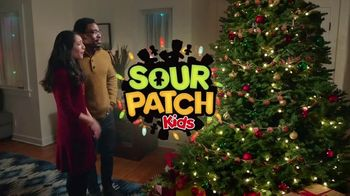 Sour Patch Kids TV Spot, 'Gingerbread Man' - Thumbnail 9