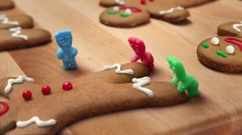 Sour Patch Kids TV Spot, 'Gingerbread Man' - Thumbnail 2