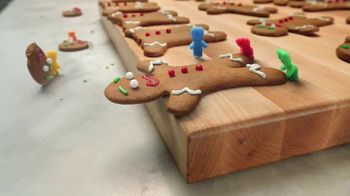 Sour Patch Kids TV Spot, 'Gingerbread Man' - Thumbnail 3