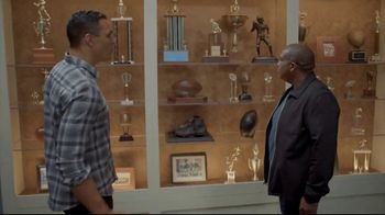 Lowe's TV Spot, 'The OT on FOX: Built My Home Into a Stadium' Featuring Curt Menefee, Tony Gonzalez - Thumbnail 7