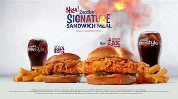 Zaxby's Signature Sandwich Meal TV Spot, 'The Chicken Sandwich War' - Thumbnail 10