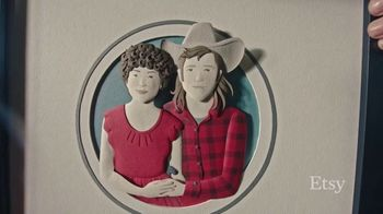 Etsy TV Spot, 'Regala con intención: delantal, retrato, vela' canción de Wolfgang Amadeus Mozart [Spanish]