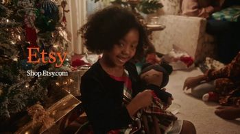 Etsy TV Spot, 'Gift Like You Mean It: Earrings' Song by Wolfgang Amadeus Mozart - Thumbnail 10