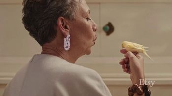 Etsy TV Spot, 'Gift Like You Mean It: Earrings' Song by Wolfgang Amadeus Mozart - Thumbnail 3